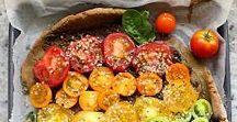 Eat the rainbow / Nourishing plant-based food ideas full of color.