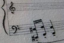 Musique en vrac / by Géraldine Sénécal