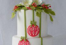 Cakes I ❤️ / by SweetCakesbyDari