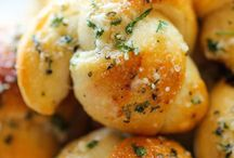 Best Side Dish Recipes / Side dishes sometimes steal the show especially when it's a pretty pile of mashed potatoes or pasta. These are some of my favorite side dishes!