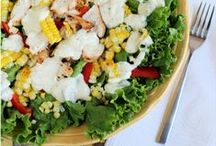 Easy Salad Recipes / Salads aren't just for lunch anymore! These amazing salads are perfect for lunch or dinner