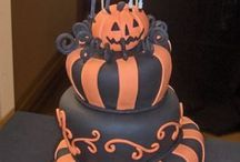 Halloween 🎃 / Recipes, decorations and other special things for Halloween / by Karen Gianni