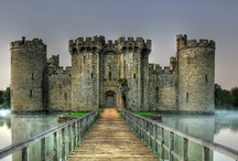 Stone Castles and Historic Architecture   / Stone is known as a Historical Building Material because it is beautiful and durable.