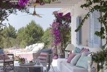 @ Home - Life is a Beach House ed. / Ideas and inspiration for a home at the beach, indoor, outdoor, forniture, nice staff