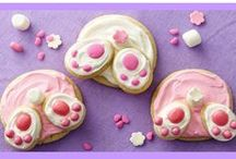 Easter Recipes / Looking for some delicious, simple and easy-to-make Easter Day recipes to wow your whole family? Check out our sweet collection of delicious cupcakes, salads, entrees and drinks to make your Easter meal rememberable.