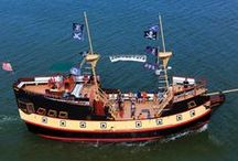 Pirates & Forts / Step back in time with fun Florida day trip ideas for kids: Wander through historic forts, explore shipwrecks, take a pirate cruise and search for hidden treasure.