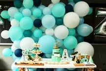 Balloon Walls / Created with balloons - perfect as a cake table or photo backdrop, or even room dividers.  Choose from the 2D or organic bubbly look in any colour scheme.