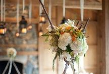 Centerpieces / by Wedding411 On Demand