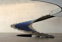 un paso más arriba / Distintos tipos de escaleras.