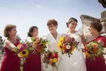 Summer Wildflowers / Lisa and Megan had a beautiful, bright assortment of wild flowers, capturing the best of the summer season.  Their bouquets included sunflowers, zinnias, roses, dahlias, and green hypericum berry.  Photos by Dear Hart Photography.