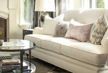 Living Room Style / If you love making a room pretty as much as we do, you'll love these inspirations for making your home fit your own personalized style!