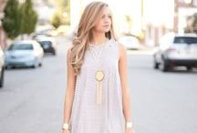 What to Wear - Senior Portraits / What to wear for your senior pictures with Lux Senior Photography! Style Inspiration for Senior girls. Great inspiration for outfits, hair, makeup and nails.  / by Lux Senior Photography