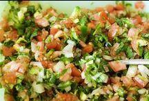 Recipes: Dips / by Rebecca Adkinson