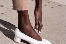 Shoes / Shoe LOVE - Chic heels | Cool sneakers | Flats | & Sandals
