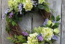 Wreaths / My favorite door decorations!