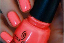 Nails & Make - up