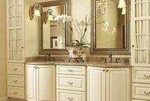 Decor: Baths & Powder Rooms / by Pat Gunder