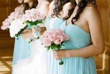 Bride + Bridesmaids / Photo ideas & inspiration