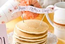 Mother's Day Ideas / Creative + Thoughtful DIY Crafts, Gift Baskets, & Clever Gift Ideas for MOM | Presented by COACH