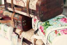 Adorable suitcases / by CasaBella Interiores