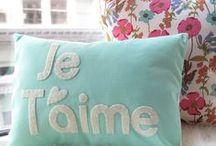 Pillows / by CasaBella Interiores