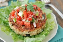 GOOD Recipe ideas! / YUMMMM! .... love to cook! / by --- ᏩᏚᎵᏏ ---