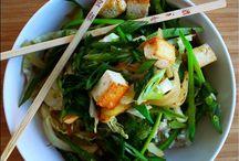Korean / Asian-inspired foods / by --- ᏩᏚᎵᏏ ---