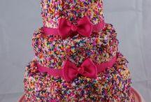 Cakes <3 / by Jenny Legra