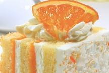 Cake Recipes / by Deb Parmlee