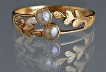 Jewelry / Jewelry case / by --- ᏩᏚᎵᏏ ---