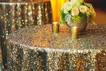 Solid Gold / Bold, sparkly, and stunning Gold Wedding Inspiration!