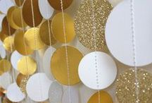 Gold Glamour Party / Invitation and decor inspiration for a glamorous gold event