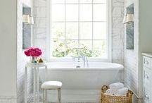 Bathrooms / by Lauren Dueweke