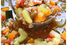 Soups/ Stews / The best soup & stew recipes from around the web.