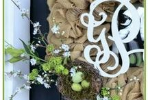 Burlap Crafts, Decor, and Ideas / All things burlap!  Pin your burlap crafts, home decor, and ideas!