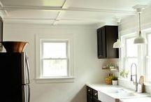 cottage kitchen / by Balefire