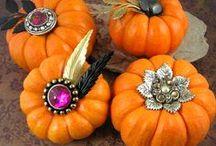 Holidaze - Halloween / Halloween / by Cheryl Lewis