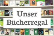 Unser Bücherregal / Eine Auswahl an Büchern von Schriftstellern, die sich getraut und ihr Buch oder eBook selbst mit epubli verlegt haben. So einfach geht's! Werde auch Du Self-Publisher und veröffentliche Dein eigenes Buch oder eBook kostenlos bei epubli!   ► Finde noch mehr Bücher & eBooks von Indie-Autoren unter www.epubli.de/shop