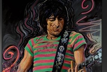 Ronnie Wood / Ronnie Wood was born in Middlesex, England, into a musical and artistic family. Before beginning his musical career he received formal art training at Ealing College of Art in London. As his musical career with the Jeff Beck Group, the Faces and the Rolling Stones progressed, Ronnie continued his painting and drawing, his subjects ranging from musicians he admired, knew and sometimes played with, to family and close friends, and, of course, the self-portrait.