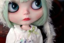 Little girls / For Mailea