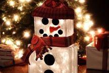 Snowmen / by Michelle Beaver