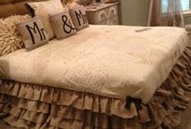 ✄ CRAFTS: Headboards..... Wacky & Wonderful! / by Carla Meisberger Vaught