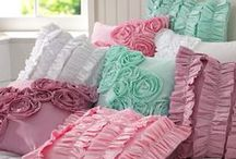 ✄ CRAFTS: Pillows, Puffy, Pretty & Practical / Pillow crafts that are awesome & so comfy! / by Carla Meisberger Vaught