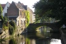 Belgium Travel / Travel tips and destination advice for visiting the tiny, beautiful, and delicious country of Belgium.