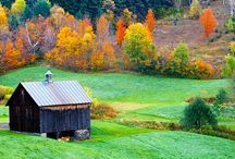 Fall Travel / Colourful destinations to visit and explore during the fall travel season.
