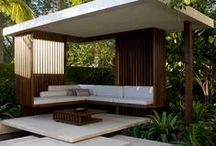 Exterior Courtyards & Patios / by Gloria Godfrey