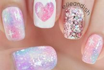 Beauty:Nail Art / by Summer Victoria Demery
