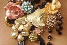 Jewelry:Necklaces/bracelets / by Summer Victoria Demery
