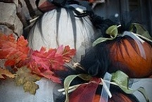 fall decorations/Fall wreaths