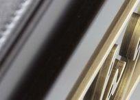Meuble, Furniture laqué noir   Ouvrages by James